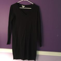 long sleeve sweater dress never worn before, brand new, perfect condition, long sleeved, mid thigh Old Navy Dresses Long Sleeve