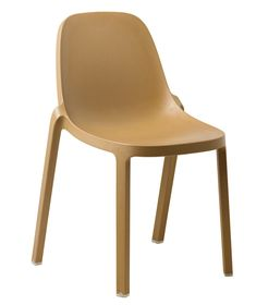 Broom by Philippe-Starck 2102 for Emeco made predominantly from industrial waste