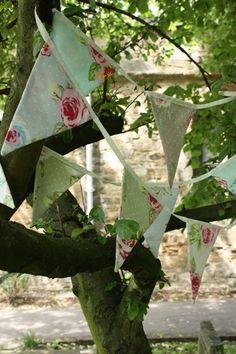Bunting Bunting Bird, Bunting Banner, Wedding Bunting, Wedding Decorations, Garden Baby Showers, Shaun The Sheep, Flag Signs, Bird Cages, English Roses