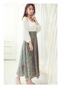 Waist Skirt, Midi Skirt, High Waisted Skirt, Beautiful Women, Womens Fashion, Skirts, High Waist Skirt, Midi Skirts, Skirt