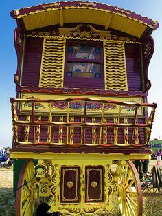 "Horse-drawn ""cottage"" Gypsy caravan - (CC)anguskirk - www.flickr.com/photos/anguskirk/2816415621/in/set-72157606693334125#"