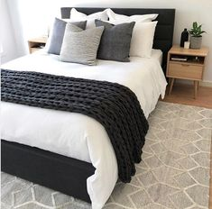 42 Gorgeous Bedroom Makeover Ideas To Try - Your home should be the one place where you feel peaceful, safe, and secure. It should also be where you can express yourself in a way that makes you . makeover 42 Gorgeous Bedroom Makeover Ideas To Try Bedroom Inspo, Home Decor Bedroom, Modern Bedroom, Bedroom Ideas, Trendy Bedroom, Spare Bedroom Furniture Ideas, Contemporary Bedroom, Condo Bedroom, White Bedroom Decor