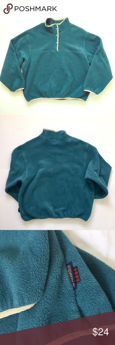 """Woolrich // Quarter Snap Neck Fleece Pullover Like New! Women's snap neck fleece pullover by Woolrich. Soft, dark teal fleece with contrasting light green trim. Mid-weight fleece is perfect for layering on cold days or as a light jacket. No stains or imperfections.  About 26"""" across chest, 23.5"""" in length 🚫trades🚫 smoke free home Woolrich Sweaters"""