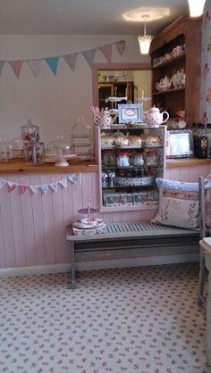 Molly's Maison Tea Room, Getliffe's Yard. Leek, Staffordshire. Wednesday 8th April 2014.