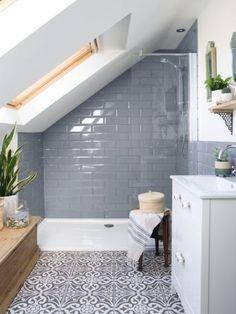 Attic Shower, Small Attic Bathroom, Small Shower Room, Small Bathroom Tiles, Loft Bathroom, Upstairs Bathrooms, Bathroom Design Small, Bathroom Interior Design, Master Bathroom