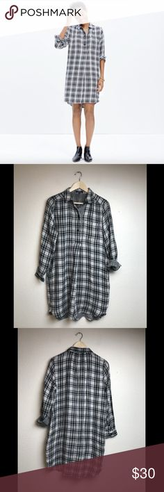 Madewell Women's Hi-Low Shirtdress in Kemp Plaid Madewell Women's Hi-Low Shirtdress in Kemp Plaid Color-Black, White Pattern-Plaid Size-Medium Condition-Good; No stains, tears, or holes Armpit-Armpit-21 inches Front Length-36 inches Back Length-38 inches Madewell Dresses Mini