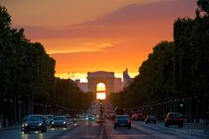 Arc de Triomphe by Wilhelm Chang on 500px