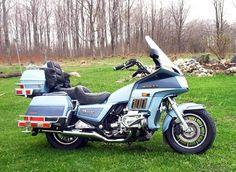 View photo of a 1985 Honda Goldwing. Uploaded on Photo number Honda Motorcycles, Harley Davidson Motorcycles, Cars And Motorcycles, Cb650, Custom Cycles, Touring Bike, Motorcycle Design, Motorbikes, Cool Cars