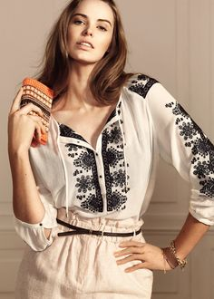 Robyn Lawley - Violeta by Mango 2014 Chic Outfits, Dress Outfits, Casual Dresses, Embroidered Clothes, Embroidered Blouse, Moda Popular, Nude Skirt, Nicole Fashion, Violeta By Mango
