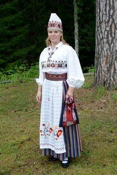 Iisaku, North-East Estonia https://www.facebook.com/www.rahvaroivad.folkart.ee/photos