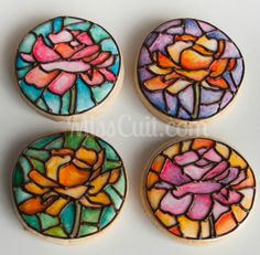 Stained glass roses cookies / Biscuits Roses en vitrail // Miss Cuit Crazy Cookies, Fancy Cookies, Iced Cookies, Cut Out Cookies, Royal Icing Cookies, Sugar Cookies Recipe, Cupcake Cookies, Stained Glass Cookies, Iced Biscuits