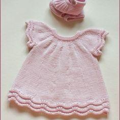 Kız Bebeklere Örgü Elbise Modelleri 144