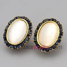 Nice stud earrings with zinc alloy decorated many deep blue  rhinestone and big size cat eye