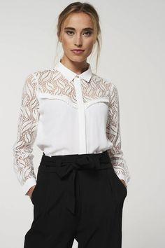 Beautiful Blouses, Ruffles, Ruffle Blouse, Women's Fashion, Long Sleeve, Sleeves, Outfits, La Mode