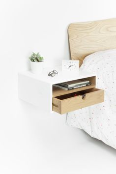 White Floating Nightstand Bedside Table Drawer In By Habitables