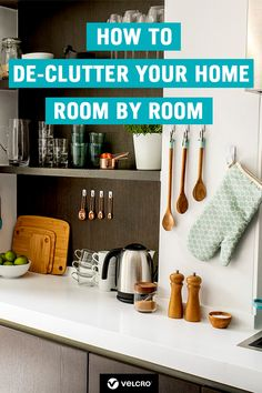 Learn how to organise your kitchen with our collection of easy kitchen organisation tips, hacks and ideas! Includes easy ways to de-clutter your kitchen worktops. Tidy Kitchen, Messy Kitchen, Kitchen Hacks, Kitchen Organisation Hacks, Home Organisation Tips, Messy House, Kitchen Worktop, Neat And Tidy, House Rooms