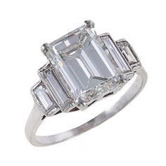 Fine Emerald-Cut Diamond Platinum Ring