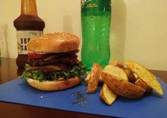 Recipe: Yummy Double cheese burger – isabellabistro.com Cheese Food, Cheese Burger, Cheese Recipes, Cheddar Cheese, Zucchini Parmesan, Recipe Zucchini, Create A Recipe, Your Recipe, Ground Beef Seasoning