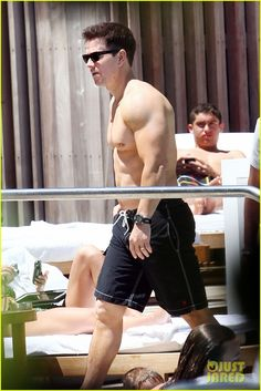 Mark Wahlberg: Shirtless at the Pool!: Photo Mark Wahlberg shows off his shirtless body as he hangs at the pool with his family on Saturday (April in Miami, Fla. Mark Wahlberg, Wahlberg Brothers, 40 Years Old, Man Alive, Academia, Love Him, Sexy Men, Rapper, Miami