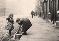 Children in the streets of Broomhall Sheffield City, Sheffield England, Springfield School, Sources Of Iron, South Yorkshire, Derbyshire, Black History, The Past, Memories