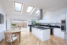 4 bedroom terraced house for sale   in Broomwood Road, Battersea, London