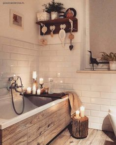Cosy bathroom Gemütliches Badezimmer Best Picture For dream House For Your Taste You are looking for something, and it is going to tell you exactly what you are looking for, a Bad Inspiration, Bathroom Inspiration, Cosy Bathroom, Bathroom Ideas, Bathroom Candles, Bathroom Remodeling, Remodeling Ideas, Bathtub Decor, Master Bathroom