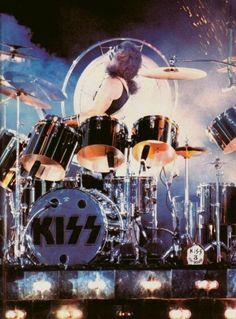 Fearsome Foursome, Kiss Members, Peter Criss, Vintage Kiss, Kiss Pictures, Kiss Photo, Love Gun, Paul Stanley, Kiss Band