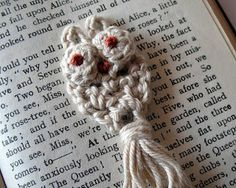 little crochet bookmark by eclectic me