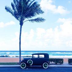 ✌🏻️out Florida - until next time... #classics #cars #antiques #palmbeach #beaches