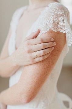 Beautiful detail!    Freckles  Lace via Plum Pretty Sugar  [photographer unknown]