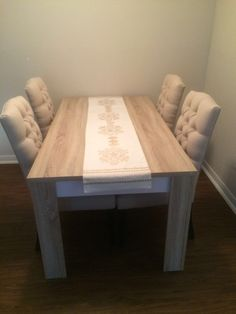 Algedi Dining Table