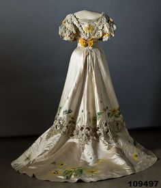 1907 Dress (back) with embroidery and painting via Collection Nordiska Museet.