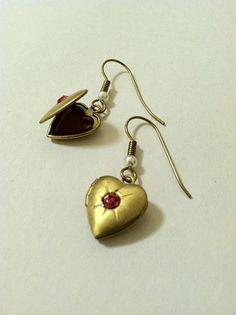 Heart Locket Earrings Vintage Brass by DoubleDmentia on Etsy www.DoubleDmentia.etsy.com