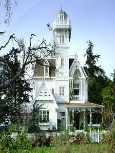 This looks like my dream house on Long Island Sound waterfront in Branford, Ct. It was abandoned then too.
