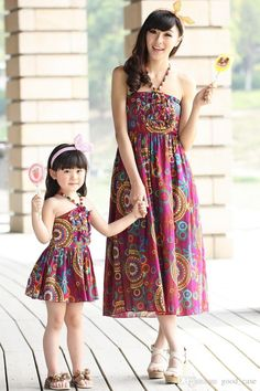 2015 Summer mother and daughter matching long dresses clothes Parent-child flowers cotton Bosnia skirt Condole belt beach dress clothing Couple Outfits, Dress Outfits, Fashion Dresses, Couple Clothes, Mother Daughter Matching Outfits, Matching Family Outfits, Mom Dad Baby, Mom Dress, Dress Brands