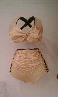 Retro bathing suit I saw on display at LACMA=groovy