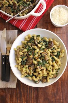 Yum! Pasta with mushrooms and spinach :D