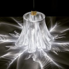 Caustic patterns from an illuminated 3D printed glass structure