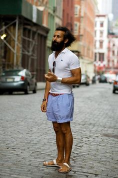 My of my fav Sartorialist shots, from about 2006? Seersucker shorts in New York.
