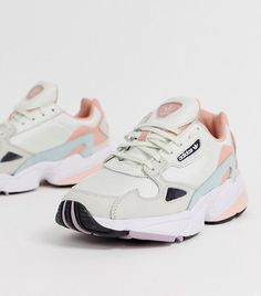 Adidas Originals Falcon in White Tint and Trace Pink Chunky Sneakers, Best Sneakers, Shoes Sneakers, Mcqueen Sneakers, Platform Sneakers, Nike Air Shoes, Adidas Shoes, Sneakers Fashion Outfits, Fashion Shoes