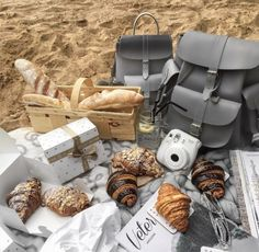 GRAFEA School Backpacks, Grey Leather, Bags, Leather Backpacks, Strong, Drinks, Food, Fashion, School Bags