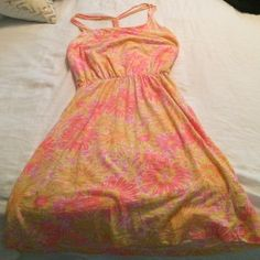 Lilly Pulitzer Lockwood dress in Sunkissed Glow in the dark print, excellent condition. ️️ or Ⓜ️  Lilly Pulitzer Dresses