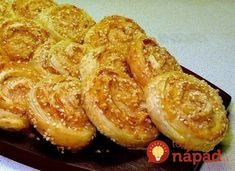 Recipe of chicken rolls Yummy Snacks, Snack Recipes, Dessert Recipes, Yummy Food, Easy Recipes, Desserts, Rolled Chicken Recipes, Recipe Chicken, Best Comfort Food