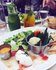 Repas de lapin 🐰Best friends meeting @manon.cstes  at @paradisdufruit