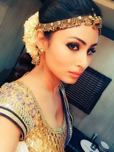 Mouni Roy hot selfie cleavage show