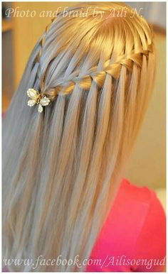 15 Gorgeous Hair Styles & Colors To Try Out Now Pretty Hairstyles, Straight Hairstyles, Braided Hairstyles, Popular Hairstyles, Hairdos, Straight Hair With Braid, Straight Cut, Medium Hair Styles, Curly Hair Styles