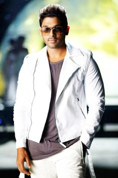 Allu Arjun Photos - Allu Arjun in Race Gurram Pawan Kalyan Wallpapers, Allu Arjun Wallpapers, Hd Wallpapers 1080p, Race Gurram, Allu Arjun Hairstyle, Dj Movie, Allu Arjun Images, Most Handsome Actors, Galaxy Pictures