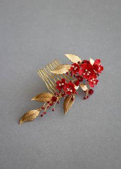 bridal jewelry for the radiant bride I Love Jewelry, Hair Jewelry, Bridal Jewelry, Fashion Jewelry, Wedding Accessories, Jewelry Accessories, Armadura Medieval, Headpiece Wedding, Fantasy Jewelry