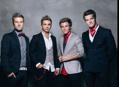 Anthem Lights :) can i just love them and there new song on youtube? Taylor swift mash up..those feels though..c: