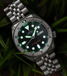 Seiko SKX 12 hour bezel mod Cool Watches, Watches For Men, Seiko Skx, Vintage Watches, Omega Watch, Accessories, Wristwatches, Watches, Men's Watches